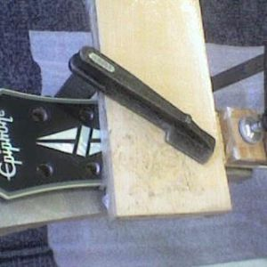 epiphone_lp_headstock_03